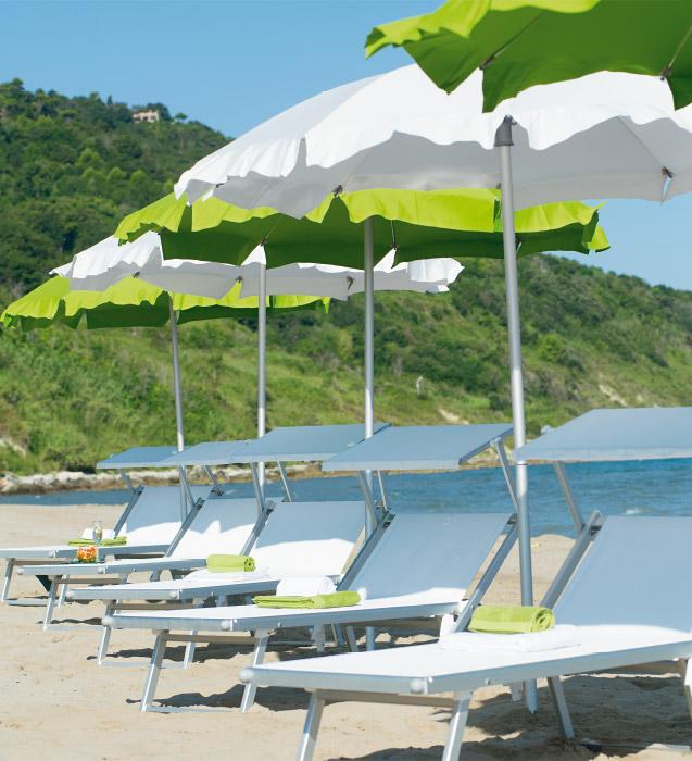 Ombrelloni Da Spiaggia Napoli.Ombrelloni Lettini Da Mare E Sdraio In Alluminio Per Stabilimenti