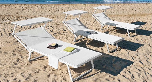 Sdraio Da Spiaggia Prezzi.Ombrelloni Lettini Da Mare E Sdraio In Alluminio Per Stabilimenti
